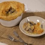 Chick and mushroom pot pie 700x490