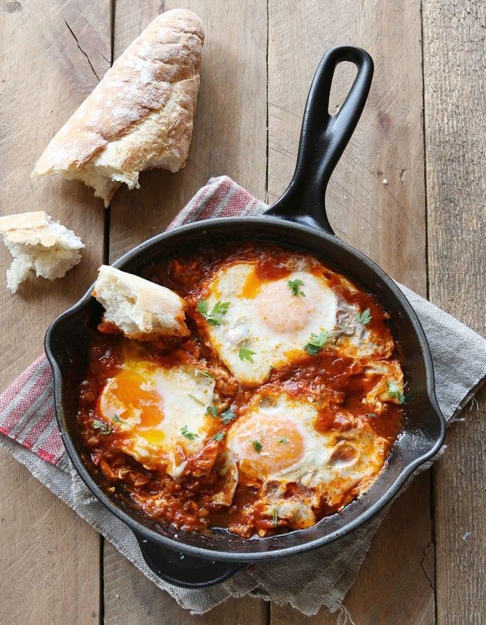 Spicy Tomato Breakfast Eggs