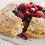 Strawberries n Cream Eclair Cake 700x489