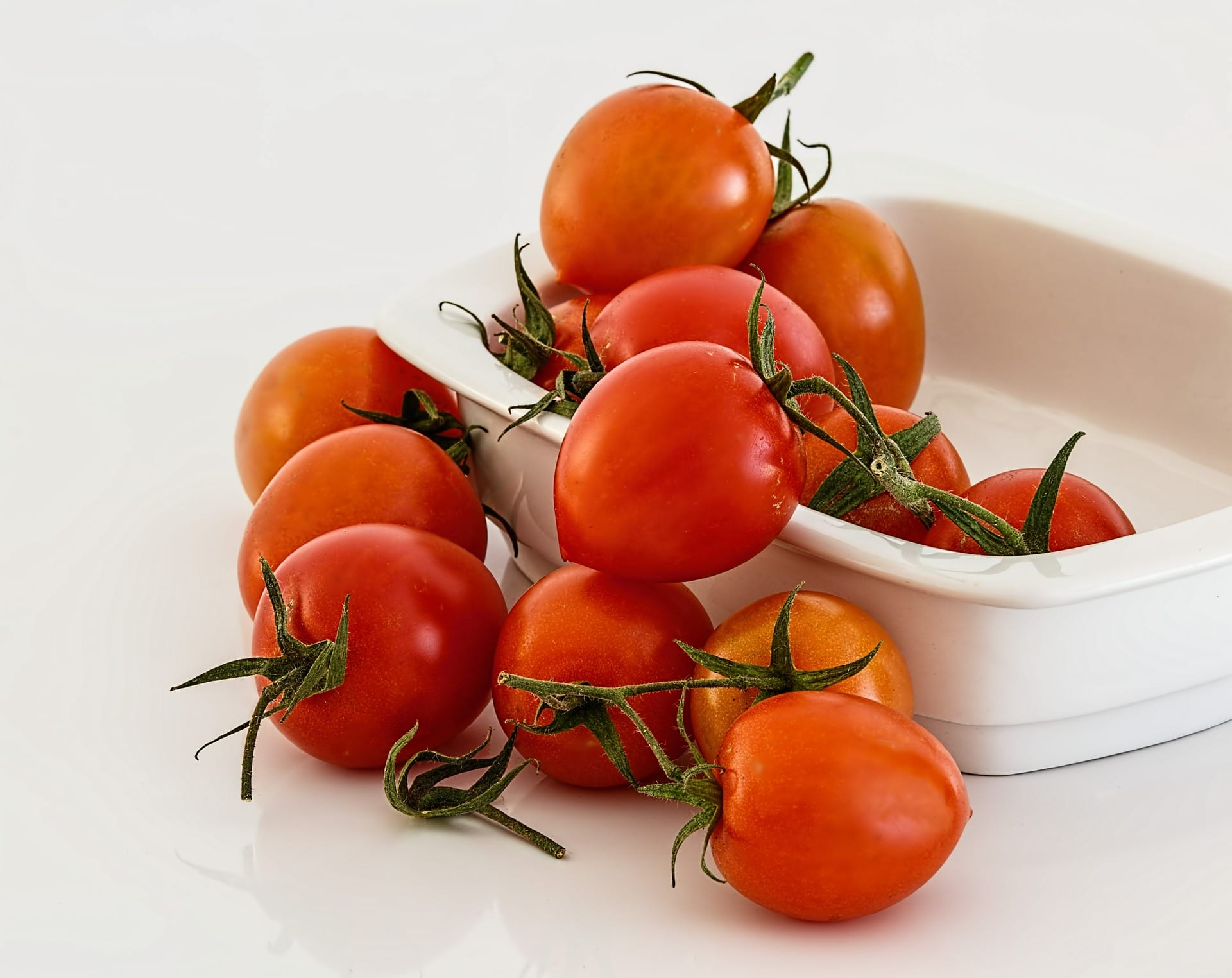 basic ingredients tomato