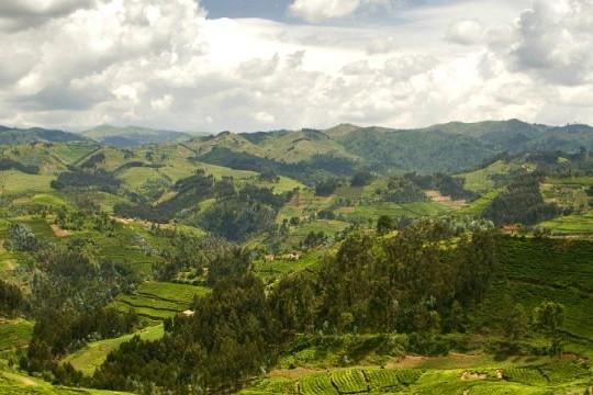 rwanda hills normal 640x360