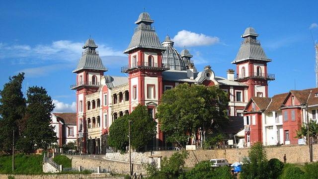 Things To Do In Antananarivo 640px Palais dAndafiavaratra 01