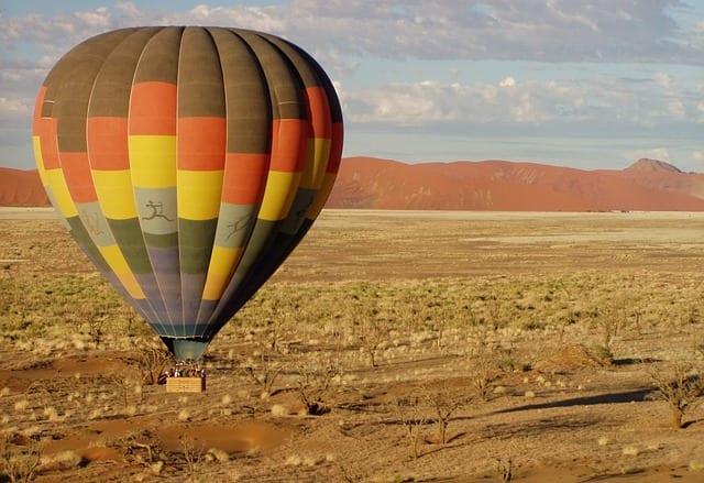 Namibia Travel Guide hot air balloon