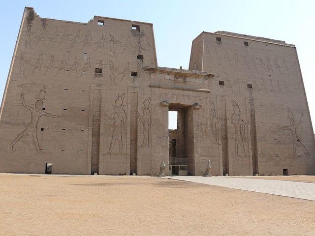 14 Temple of Edfu